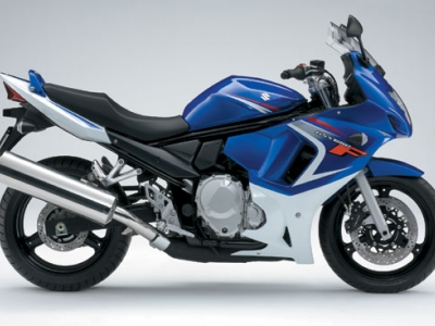 Suzuki GSX650F photo