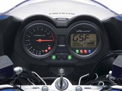 Suzuki GSF650 Bandit photo