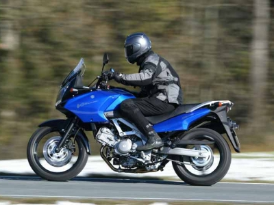 Suzuki DL650 V-Strom photo