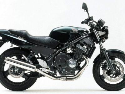 Honda CB-1 photo