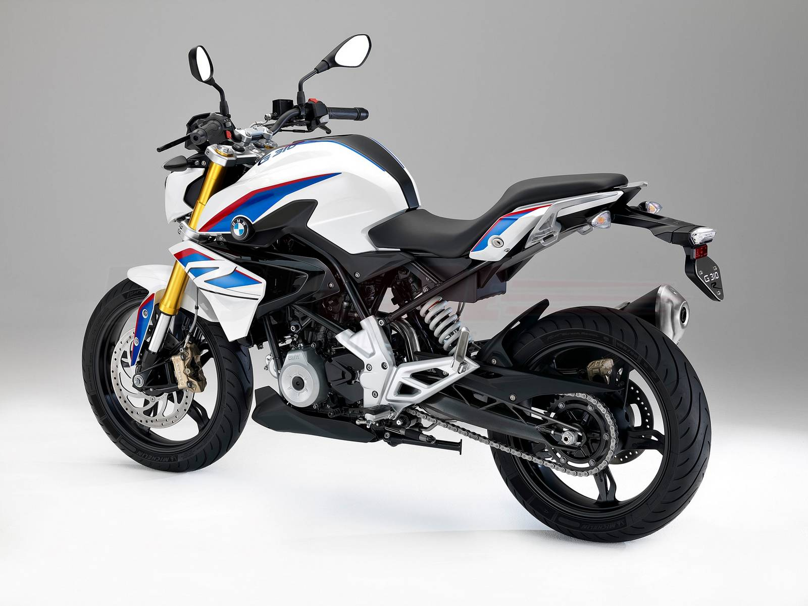 can you ride a bmw g 310 r with an a2 licence. Black Bedroom Furniture Sets. Home Design Ideas