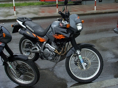 Honda NX650 Dominator photo