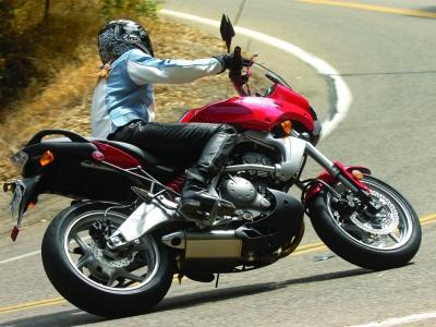 Kawasaki Versys 650 photo