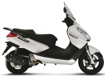Piaggio X7 Evo 300 photo