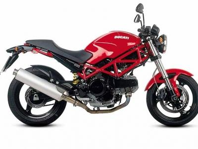 Ducati Monster 695 photo