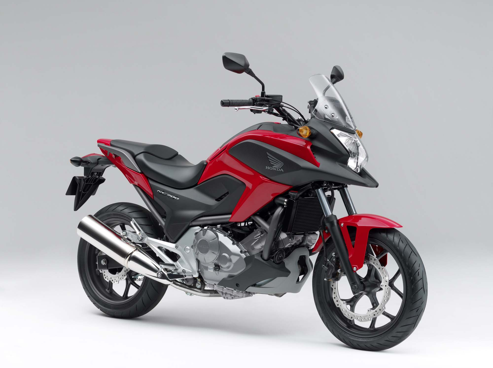can you ride a honda nc700x with an a2 licence. Black Bedroom Furniture Sets. Home Design Ideas