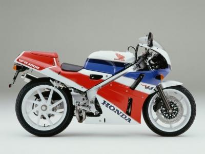 Honda VFR400R (NC30) photo