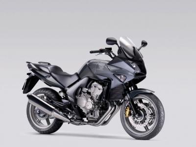 Honda CBF600 photo