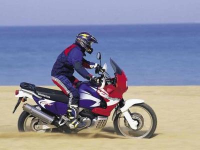 Honda XRV750 Africa Twin photo