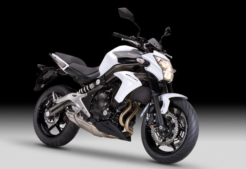 Kawasaki Ern Black