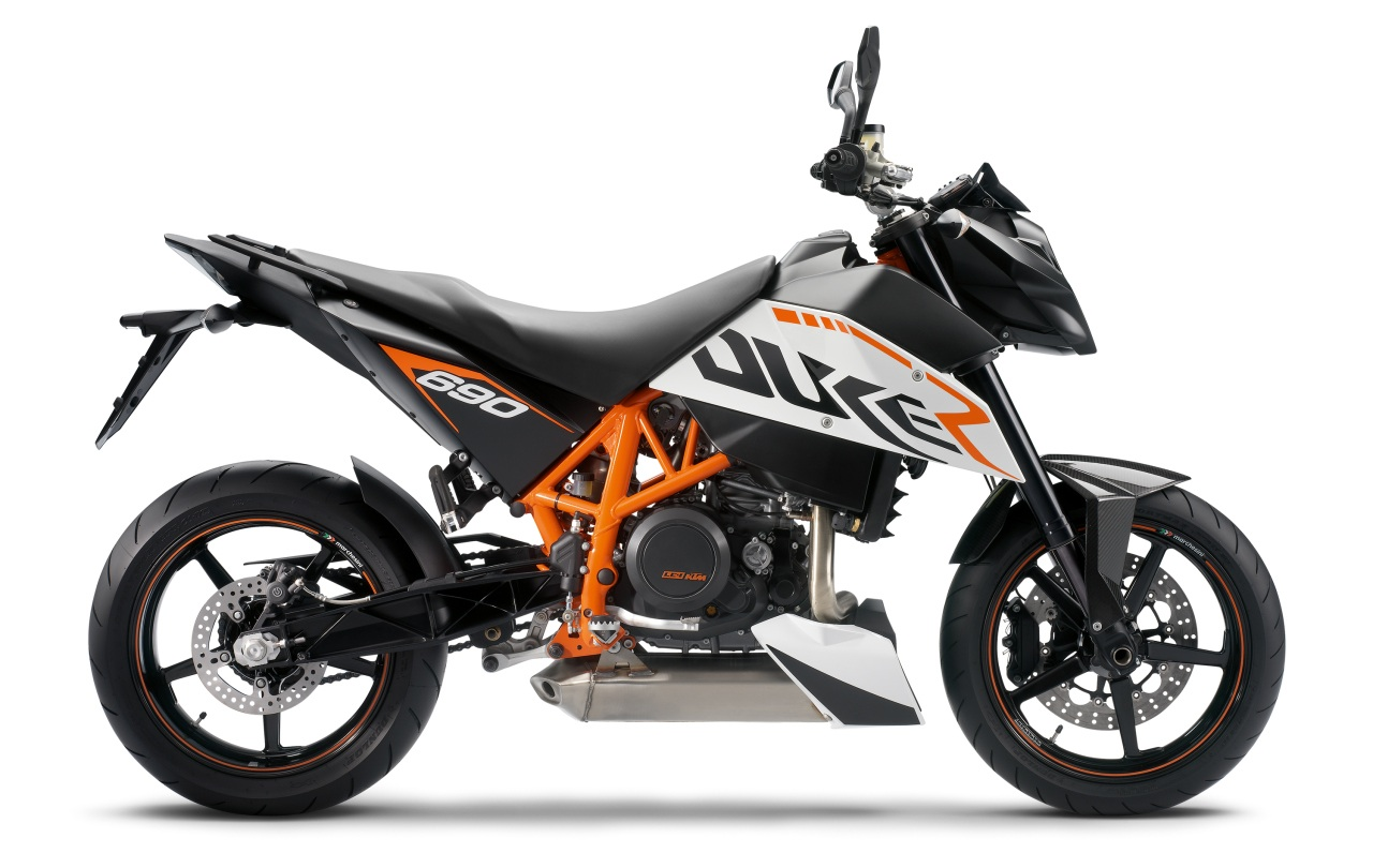 can you ride a ktm 690 duke 2011 and earlier with an a2 licence. Black Bedroom Furniture Sets. Home Design Ideas