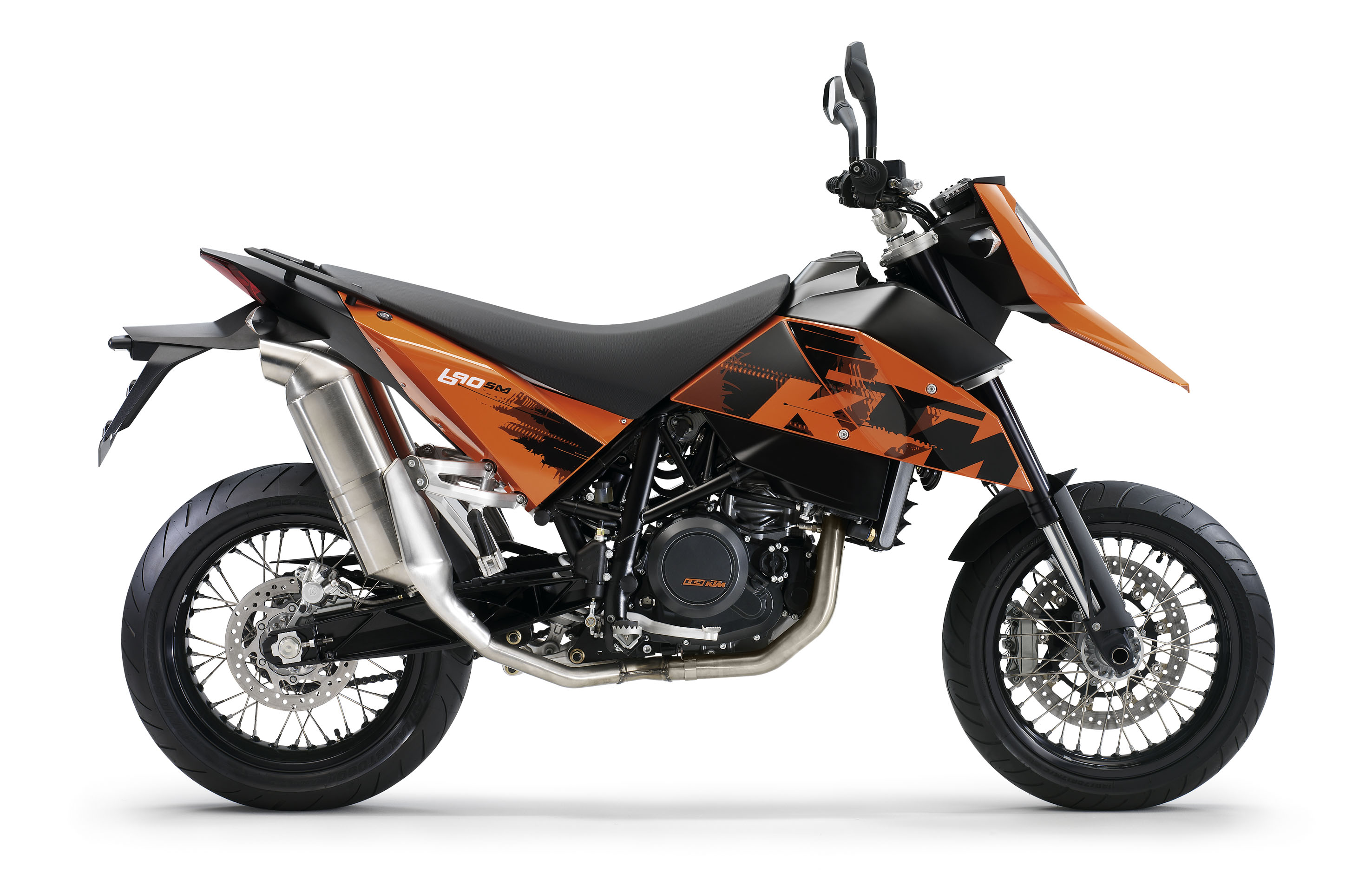 can you ride a ktm 690sm with an a2 licence. Black Bedroom Furniture Sets. Home Design Ideas