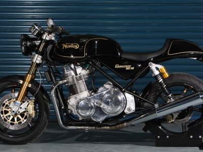 Norton Commando 961 SE photo